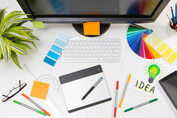 Basic Things to Know to Become a Professional Graphic Designer